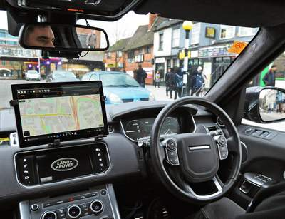 In the United Kingdom are testing Autonomous cars Jaguar and Range Rover