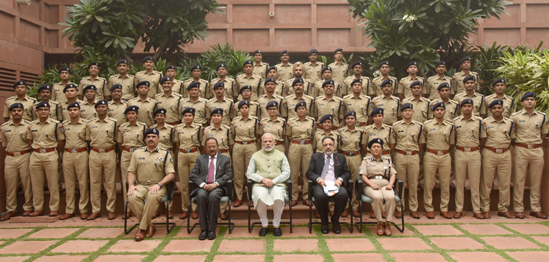 IPS Officer Trainees of 2016 batch call on PM Narendra Modi – India  Education Diary   Latest Education News India   Global Educational News    Recent Educational News