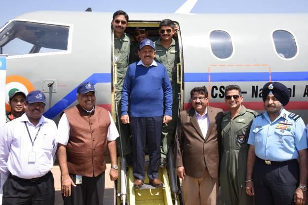 diu delhi flights