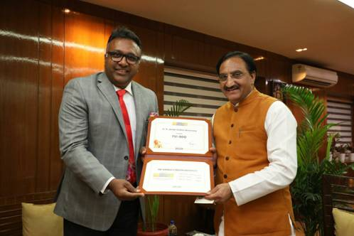 Dr Ramesh Pokhriyal 'Nishank' congratulates O P  Jindal Global